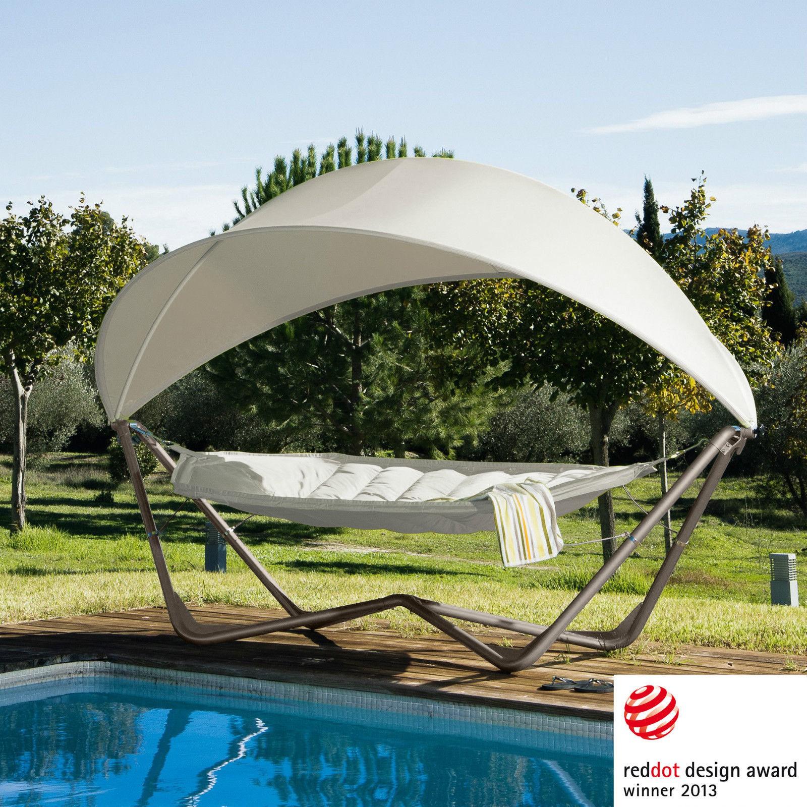 h ngematte mit sonnenschutz in wei haus und garten garten sonnenschutz h ngematte. Black Bedroom Furniture Sets. Home Design Ideas