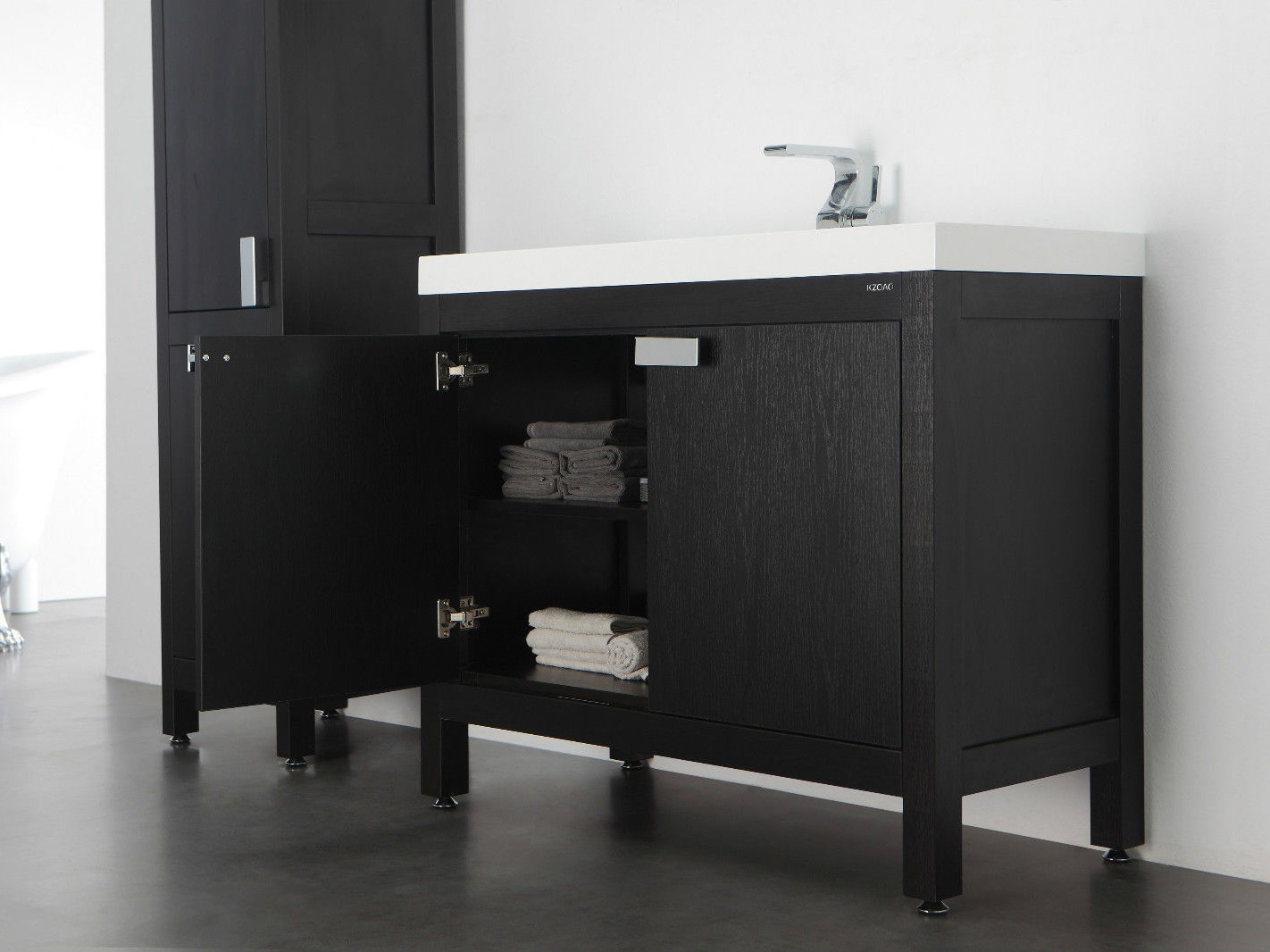 barcelona waschtisch set 80 cm eiche schwarz badewelt badezimmer m bel. Black Bedroom Furniture Sets. Home Design Ideas